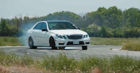 影/全新Mercedes-AMG E63值得買嗎?上代中古可省近280萬!