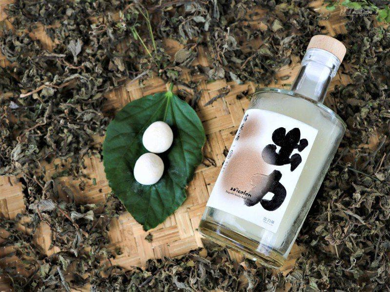 出力釀是台東第一個得到製酒許可證,可以行銷推廣的「都蘭地酒」。(未成年請勿飲酒)