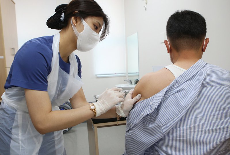 南韓即將在未來三個月為全國75%的民眾施打新冠疫苗。歐新社