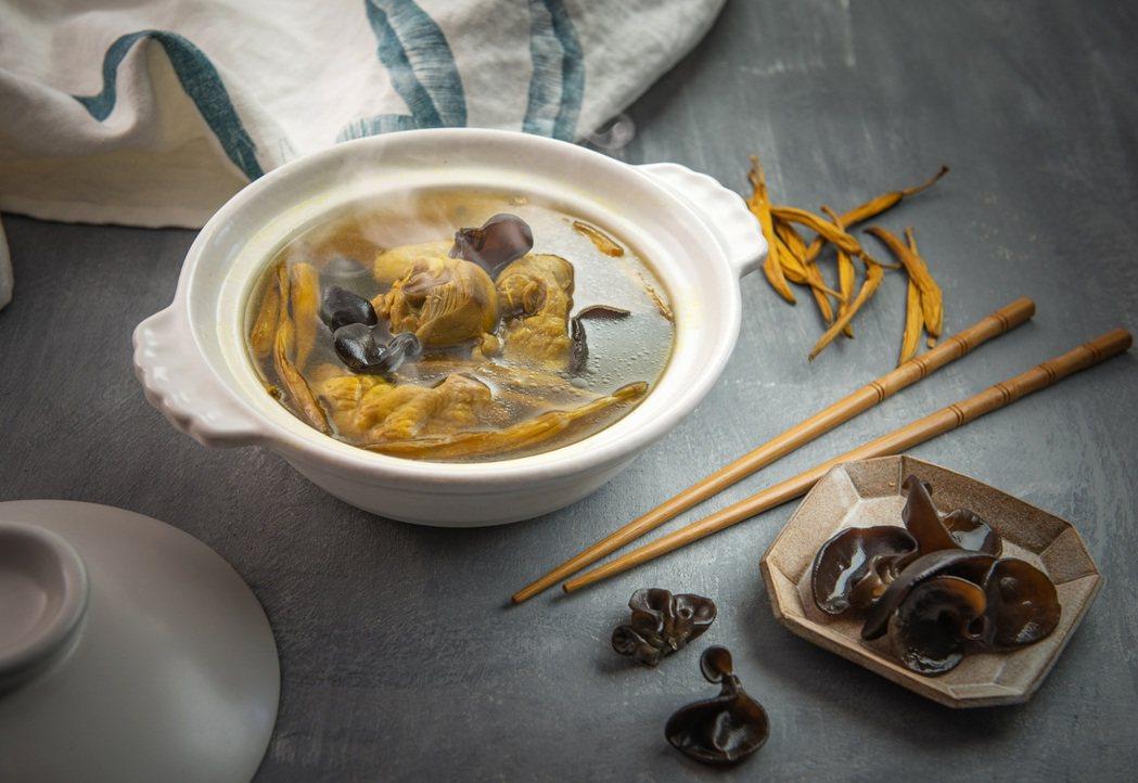 漢來美食推出冷凍湯品,一推出即熱銷。(照片提供:漢來美食)