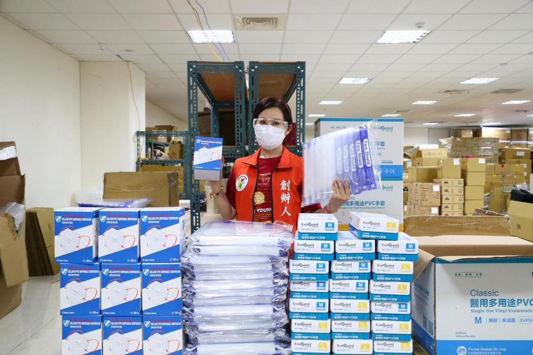 雨揚捐出大批物資。圖/雨揚國際提供