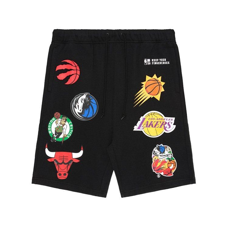 NBA Store與fingercroxx聯名系列短褲2,679元。圖/摩曼頓提...