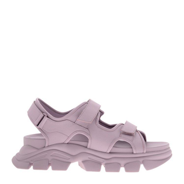 CHARLES & KEITH霧面厚底涼鞋1,790元。圖/CHARLE...