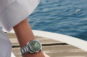 夏日的海陸輕奢時光 OMEGA海馬Aqua Terra小秒針腕表