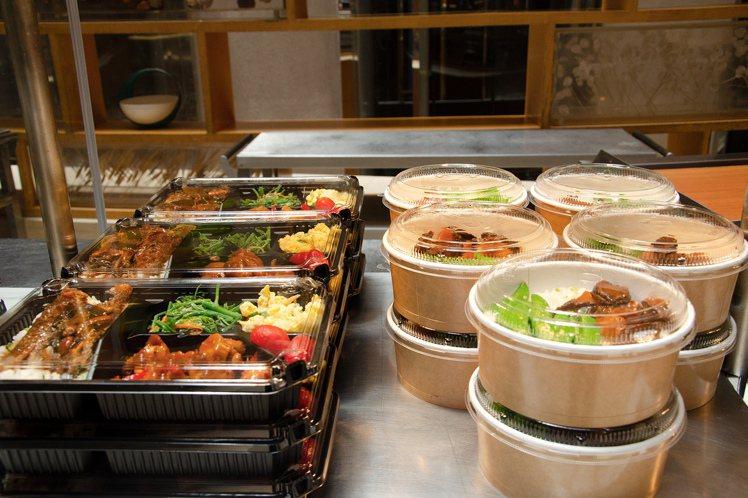 台北喜來登變身「大販店」,自助餐廳成了全新購物點。圖/台北喜來登提供