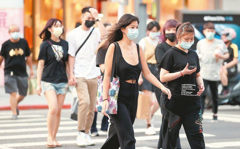 衛福部公布去年十大死因,其中慢性下呼吸道疾病降至第八名,衛福部分析,與去年國人齊心抗疫,勤洗手、戴口罩有關。本報資料照片