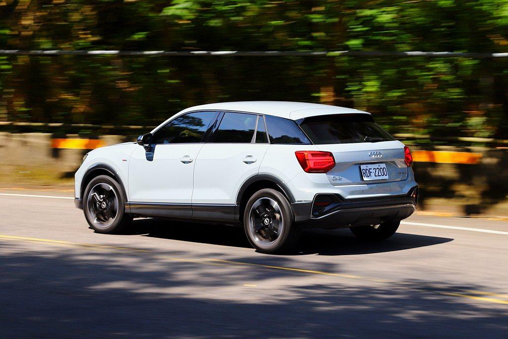 Audi Q2囊括跨界休旅該有的特點,如更高的駕駛視野、較寬敞的乘坐空間與應用機...