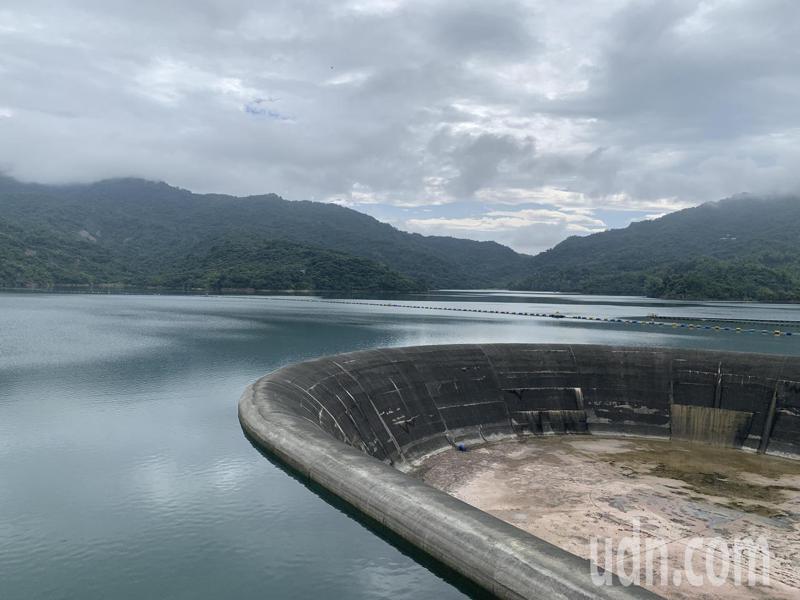 南化水庫的蓄水量已經逼近9成。記者吳淑玲/攝影