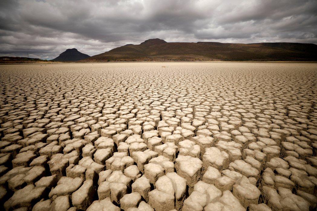 受氣候變遷影響,南非乾旱已成常態。風險管理專家指出,七大風險正形塑市場新典範,而...