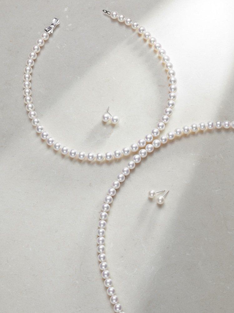 圓潤的珍珠結合貴重的K金,展現溫潤、閃耀的二合為一。圖 / TASAKI提供。