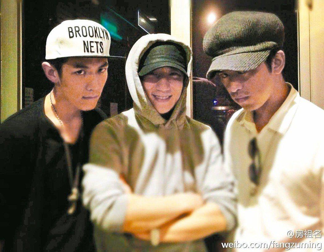 柯震東(左起)、房祖名以及陳柏霖曾是演藝圈的超級好朋友。圖/摘自微博