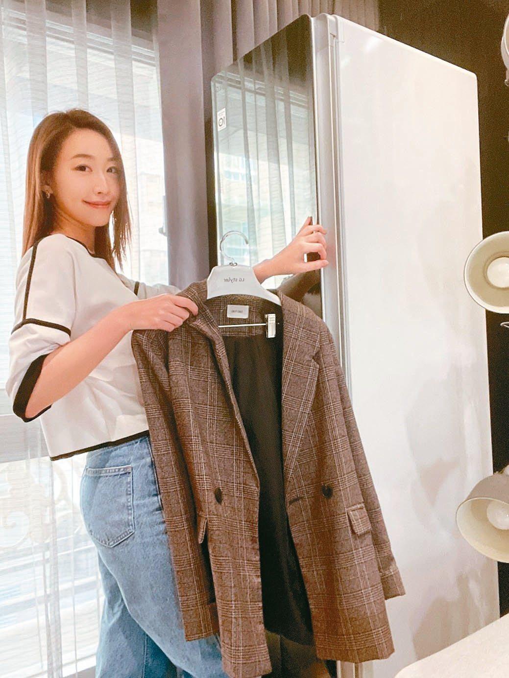 具有蒸氣殺菌功能的LG電子衣櫥,疫情期間銷量翻倍成長。486團購/提供
