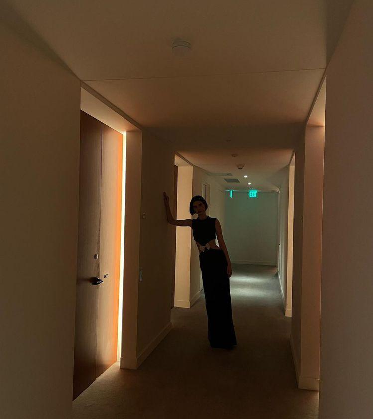 梅朵沃克在出席「玩命關頭9」好萊塢首映會之前,特別在社群網站上搶先公開造型。圖/...