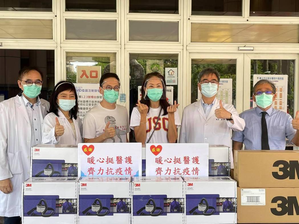 賈永婕花百萬再捐PAPR挺前線醫護人員。 圖/擷自賈永婕臉書