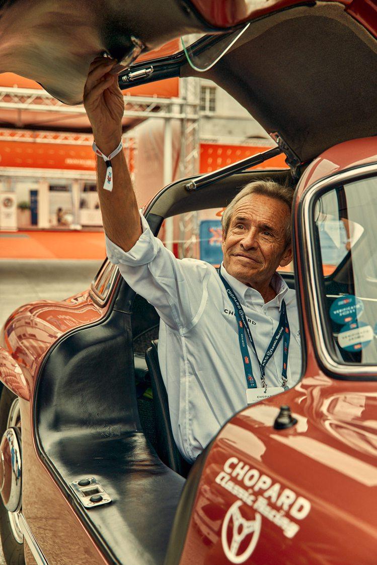 蕭邦品牌之友及利曼24小時車賽的冠軍車手Jacky Ickx。圖/蕭邦提供