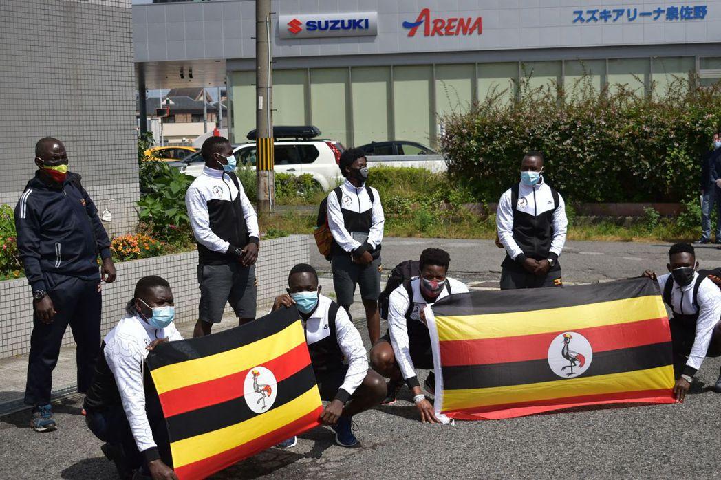 烏干達東京奧運選手團19日傍晚6時飛抵日本爆出一名團員確診,是東奧海外選手團首例...