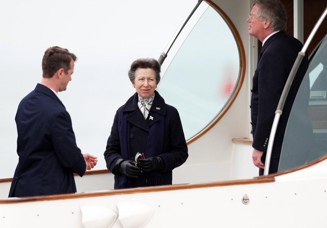 安公主(中)對姪媳的很多事情看不過去,是皇室內部最不滿意對方的長輩。(路透資料照...