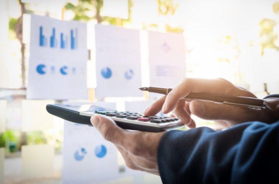 對於投資人來說,投資最重視的就是設定適當的投資報酬率,而投資的報酬的來源一部分來...