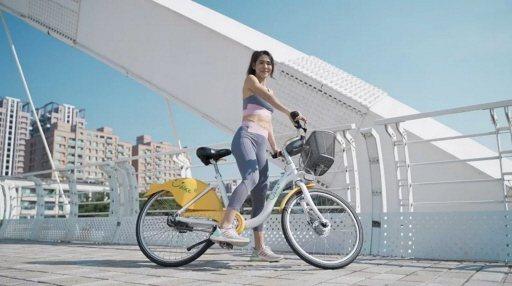 馬拉松女神雷理莎曾擔任高雄YouBike 2.0代言人,市府盼市民多利用單車出行...