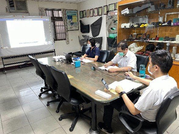 勞動部勞動力發展署中彰投分署小型企業人力提升計畫,有效提升企業競爭力。 中國生產...