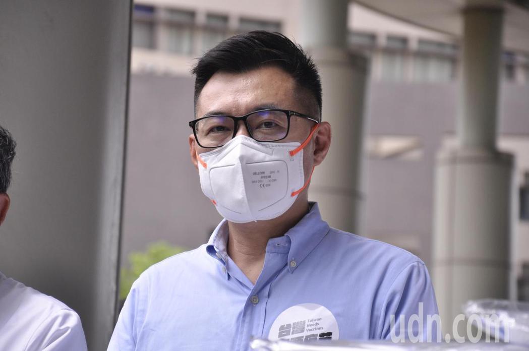江啟臣認為蔡政府在部署疫苗策略出現錯誤,才導致如今沒有疫苗的局面。記者張哲郢/攝...