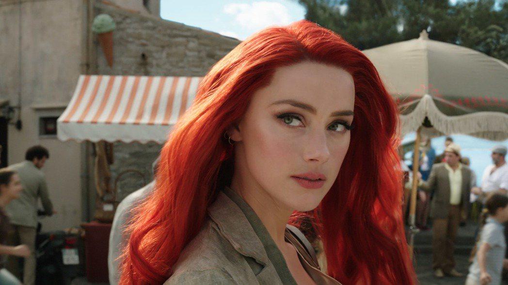 安珀赫德的「水行俠」女主角地位穩如泰山,毫不受酸民影響。圖/摘自imdb