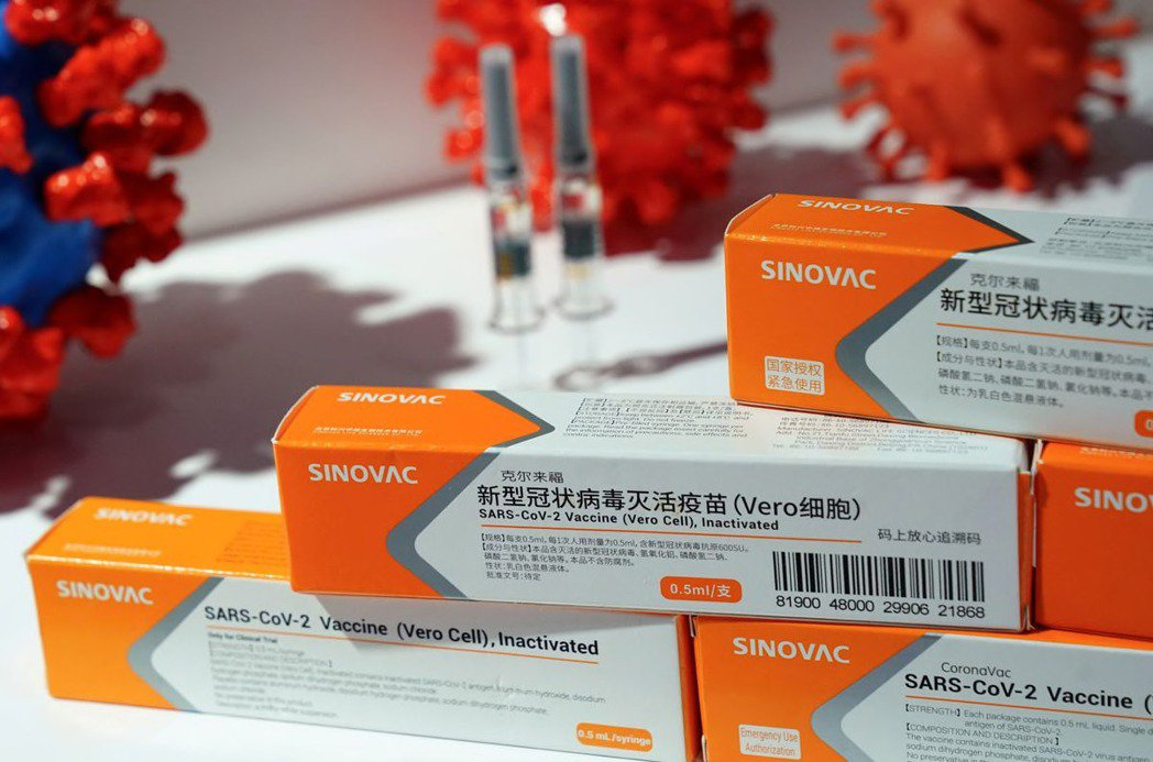 中國大陸正努力填補世界各國的新冠疫苗供應缺口,以增強影響力。路透