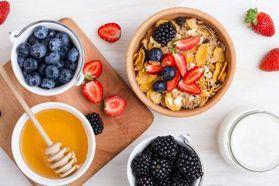 減肥期間也能吃!營養師公開「低卡健康零食」挑選指南!什麼時間吃、吃不胖的秘訣一次告訴你!