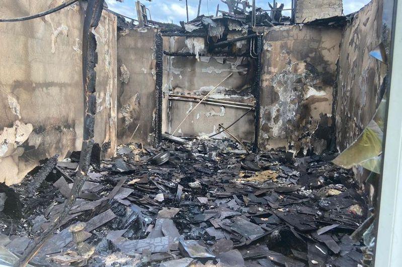 民宅起火起因竟是抽屜裡的吹風機。圖/取自liverpoolecho