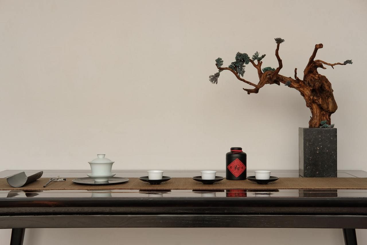 民眾可以透過養生茶飲、保持心情平靜。 圖/unsplash
