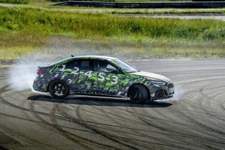 影/全新Audi RS3除了有394hp大馬力 還擁有最新特殊模式!