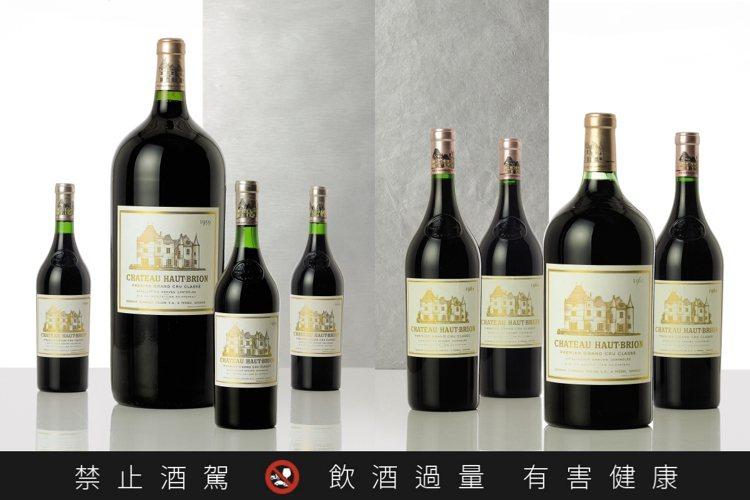 香港蘇富比將於6月25日舉辦「陳年珍寶佳釀—重要波爾多窖藏」現場單一藏家拍賣,共...