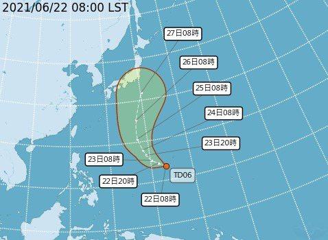 最快明天上午可能形成今年第5號颱風「薔琵」。圖/氣象局