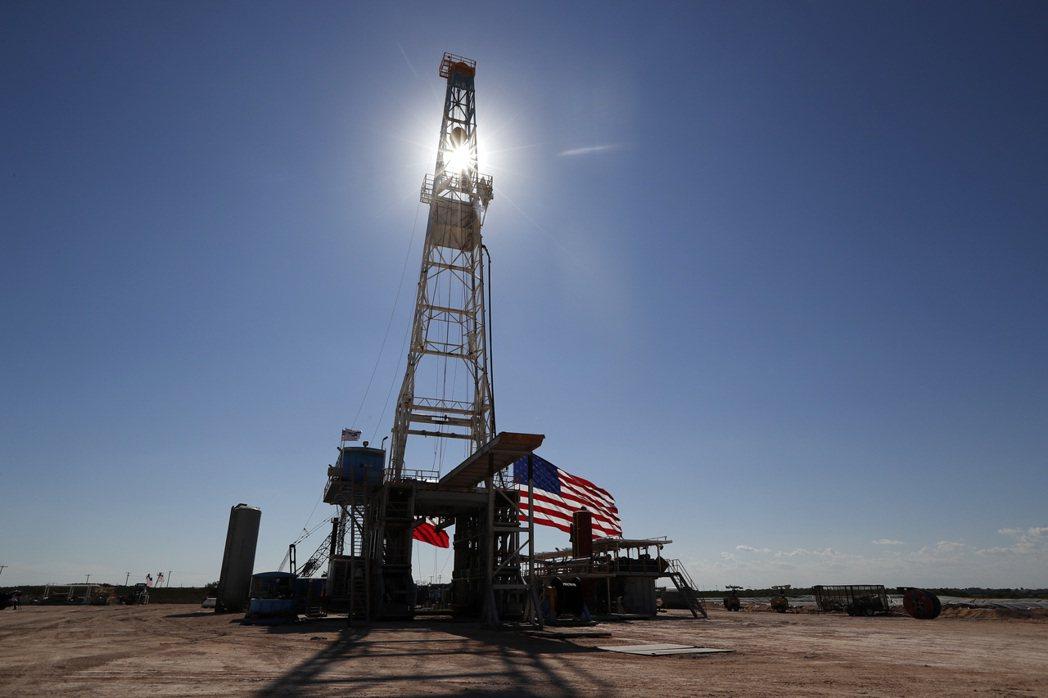 美國德州Midland一處鑽油井。  美聯社