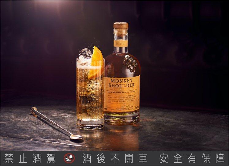 「網癮型」居家隱性人格 X 三隻猴子。圖/台灣菸酒公司提供。提醒您:禁止酒駕 飲...