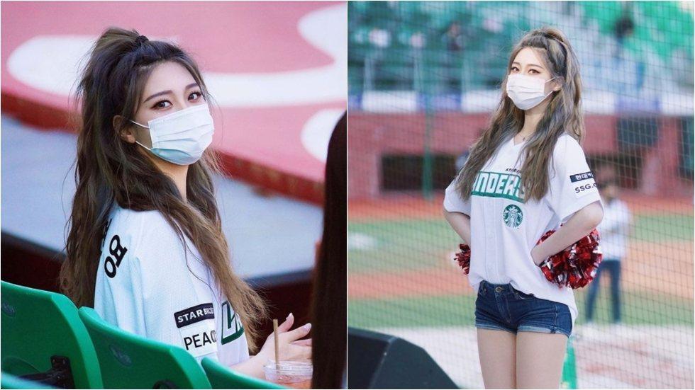 朴玹英戴口罩的模樣,引起全南韓網友關注。圖/摘自IG