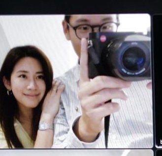 周興哲(右)今迎來26歲生日,大方分享女友趙岱新同框合影。圖/摘自IG