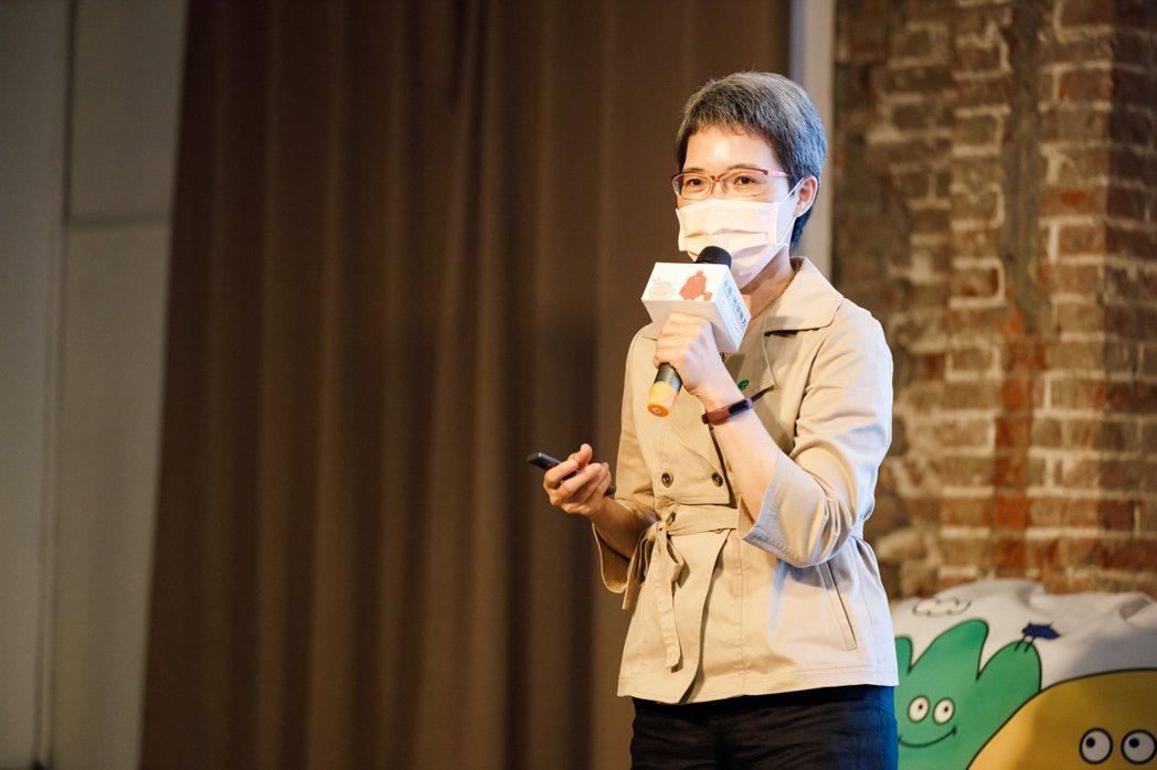 國泰人壽副總經理洪祝瑞表示,每一張保單透過創新科技、綠色理念,邀大家一起守護地球...