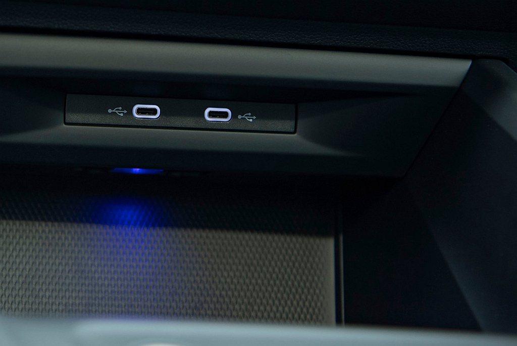 台灣福斯汽非常有誠意入門車型Golf 230 eTSI Comfort就配有Di...