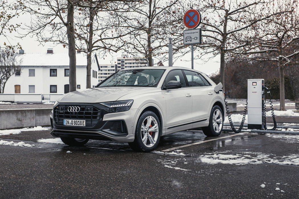現行Audi Q8 TFSI e quattro插電式油電混合車。 摘自Audi