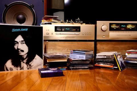 疫情期間,王耀邦每日為自己留下聆聽一張專輯的時光。  圖/王耀邦提供