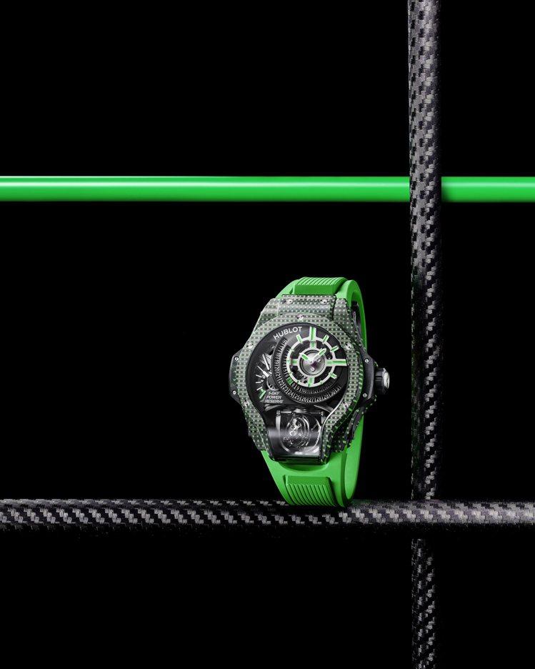 MP-09雙軸陀飛輪3D彩色碳纖維腕表率綠色款,621萬3,000元。圖/宇舶表...