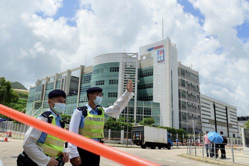 港警擴大逮捕行動,香港蘋果主筆李平被捕。中通社