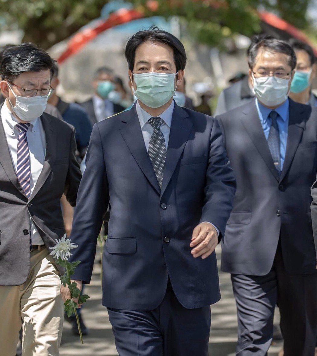 副總統賴清德(中)批北京用粗暴的手段讓媒體噤聲。本報資料照片