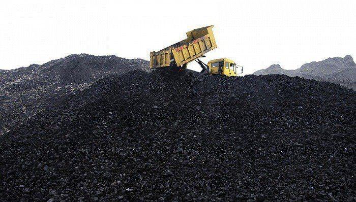 大陸當局日前派出官員檢查煤炭庫存,打擊港口的非法囤積煤炭行為。(界面新聞)