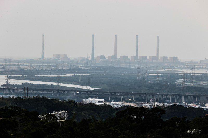 台中火力發電廠未來天然氣機組,空汙學者說台中人沒賺到! 聯合報系資料照片/記者黃仲裕攝影