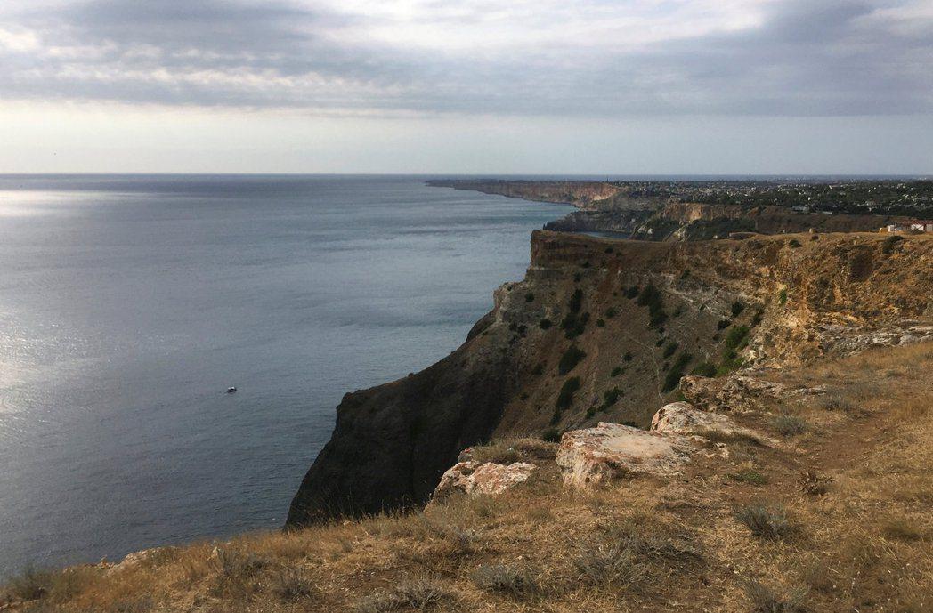 費奧連特角位在克里米亞半島南岸港口城市塞凡堡附近,俄國黑海艦隊就駐紮在塞凡堡。路...
