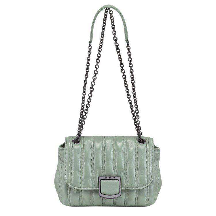 LONGCHAMP Brioche翡翠色斜背袋S尺寸,26,900元。圖/LON...