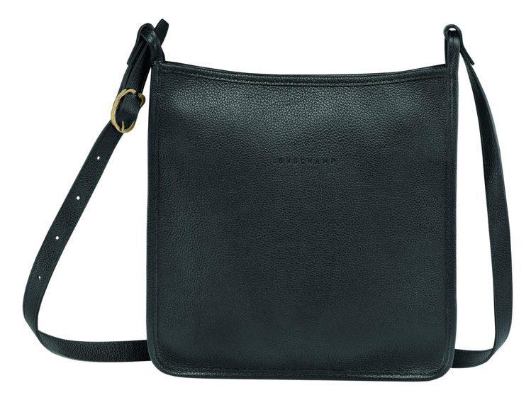 LONGCHAMP Le Foulonné黑色拉鍊斜背包大型尺寸,15,000元...