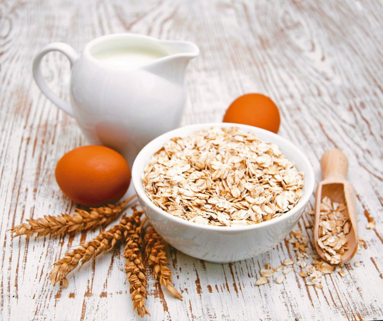 牛奶、雞蛋為10大紓壓快樂食物。圖/123RF